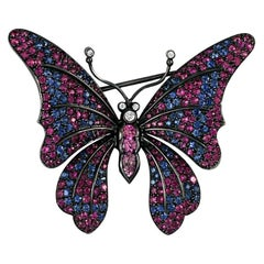 Gorgeous 18 Karat White Gold with 8.80 Carat Sapphires Butterfly Brooch
