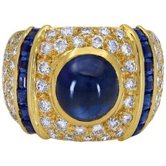 Gorgeous 18KYG 5.67 Carat Center Cabochon Sapphire with Diamonds Dome Ring