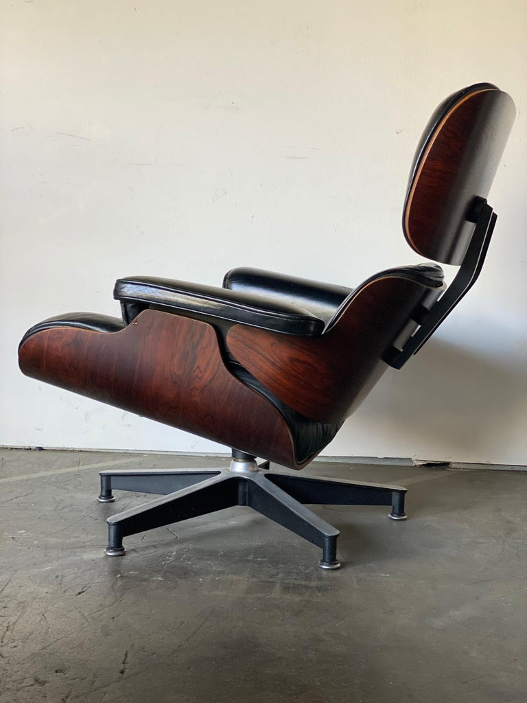 Mid-20th Century Gorgeous 1960s Herman Miller Eames Lounge Chair and Ottoman