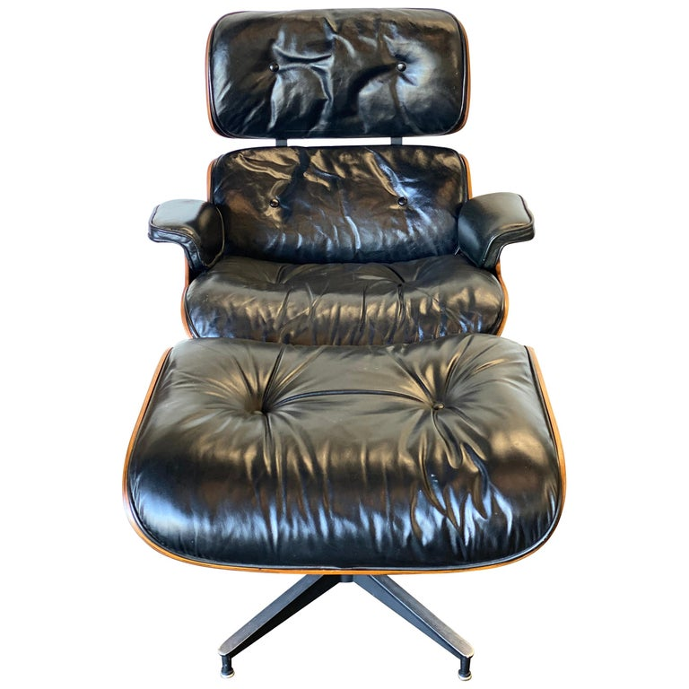 Gorgeous 1960s Herman Miller Eames Lounge Chair and Ottoman