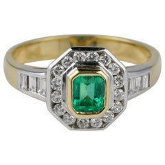 Gorgeous .65 Carat Colombian Emerald 1.10 Carat GVVS Diamond Engagement Ring