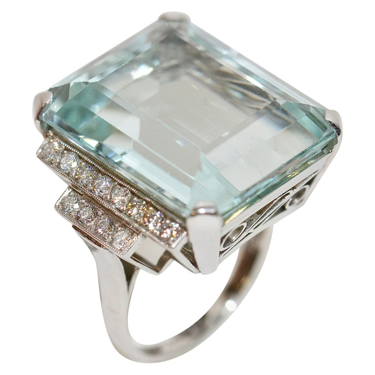 Gorgeous 950 Platinum Ring with Large Faceted Aquamarine and 24 Diamonds For Sale