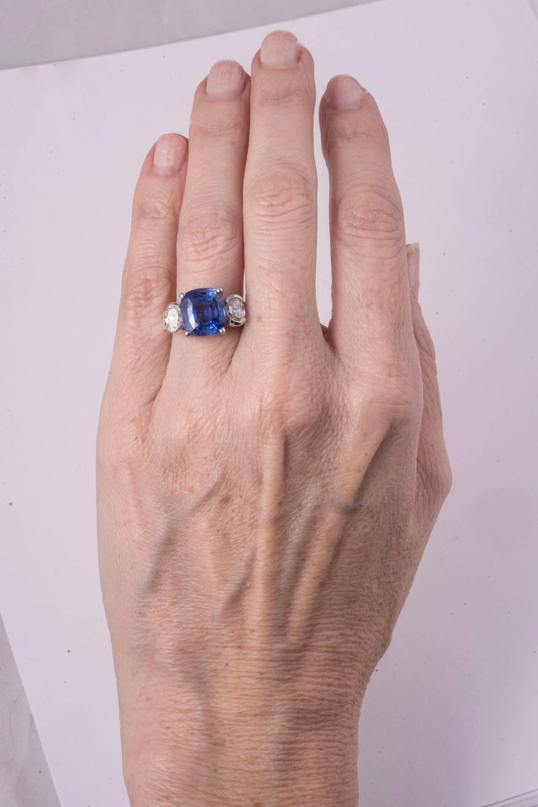 Cushion Cut Gorgeous Blue Sapphire and Diamond Ring For Sale