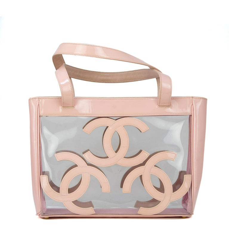 Gorgeous Chanel Nude / Pale Pink patent leather CC Logo Clear Tote Bag For Sale 5