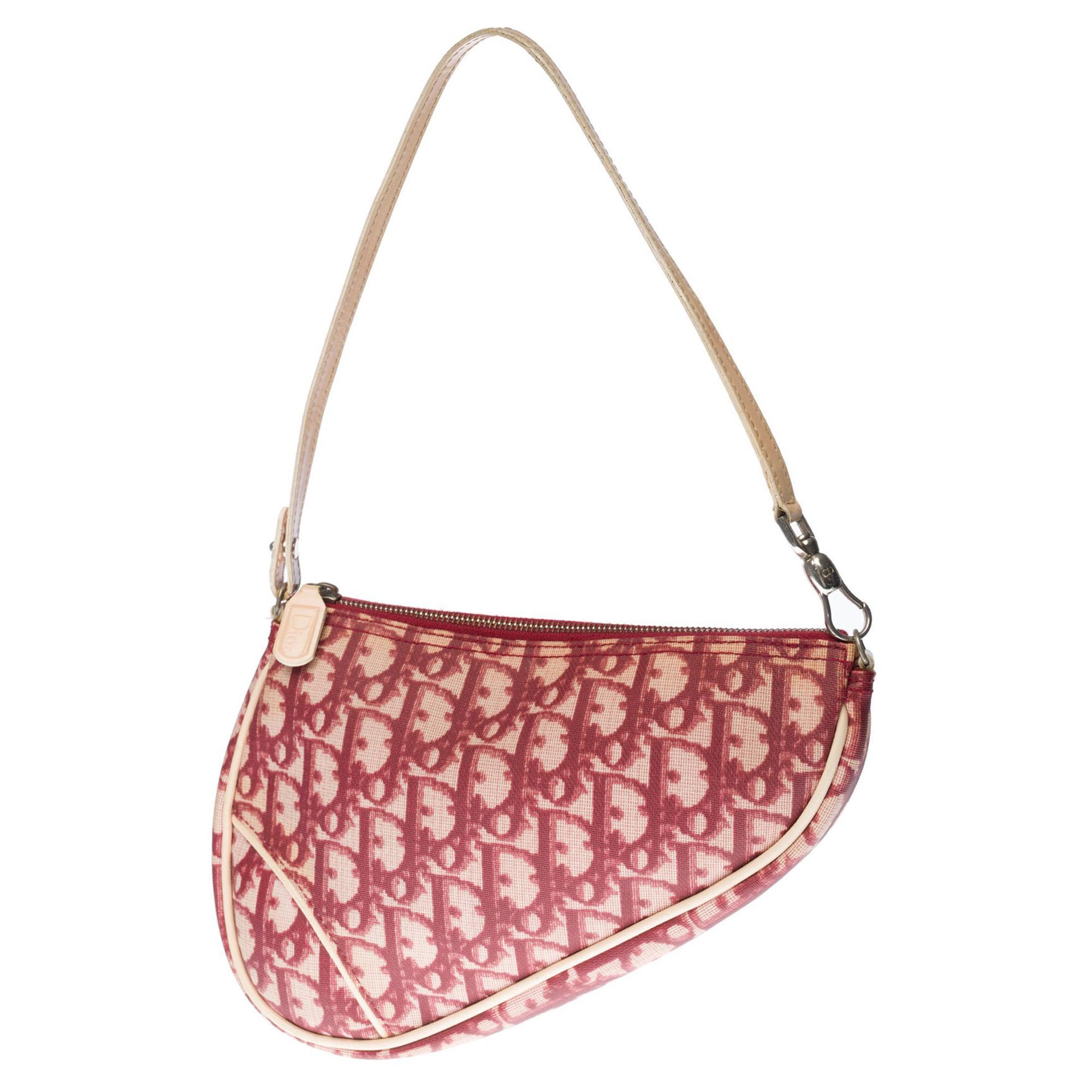 Gorgeous Christian Dior Saddle shoulder bag in red monogram oblique canvas, SHW
