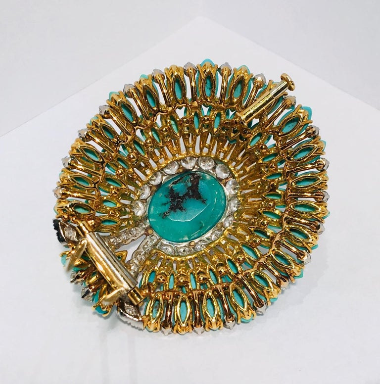 David Webb 35 Carat Persian Turquoise Diamond 18 Karat Yellow Gold Brooch Pin For Sale 5