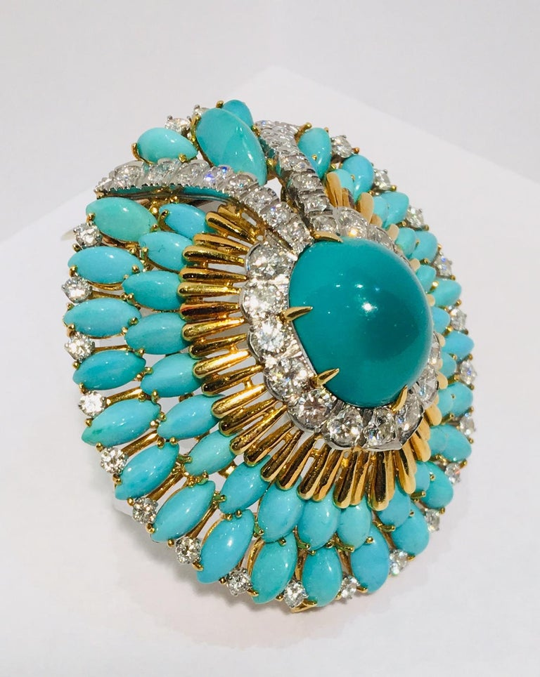David Webb 35 Carat Persian Turquoise Diamond 18 Karat Yellow Gold Brooch Pin For Sale 1