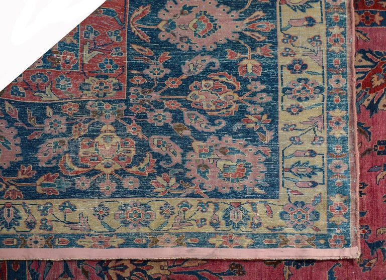 Gorgeous Early 20th Century Sarouk Rug For Sale 3