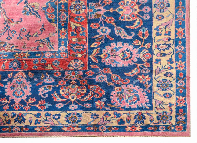Gorgeous Early 20th Century Sarouk Rug For Sale 2