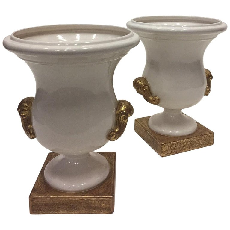 Gorgeous Italian Pair of Cream and Gold Ceramic Urns For Sale