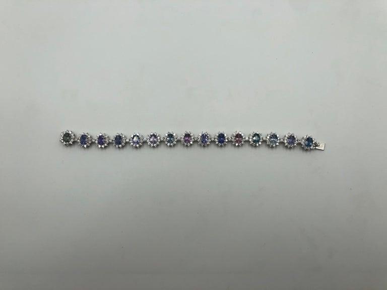 Modern Gorgeous Multi-Color Sapphire Tennis Bracelet 18 Karat For Sale