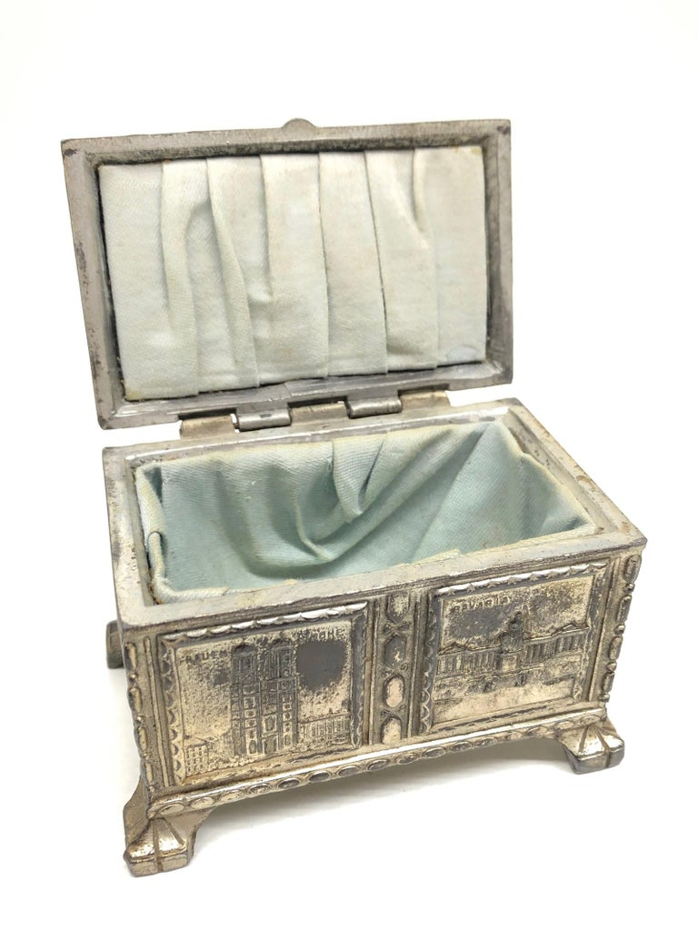 Beautiful Munich child souvenir trinket box, made of white metal. A beautiful nice addition to your vanity room.