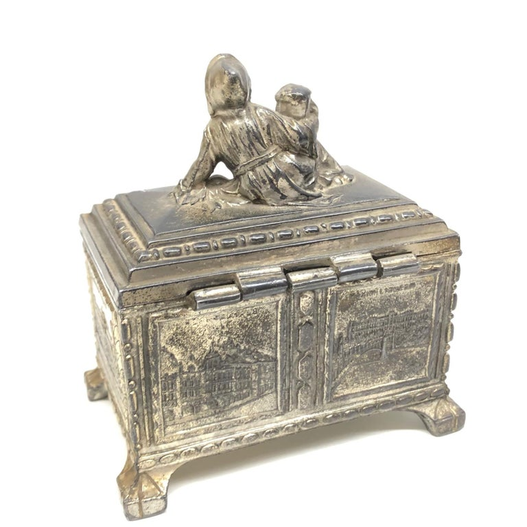 Gorgeous Munich Child Souvenir Metal Trinket Jewelry Box Antique German 1920s For Sale 2
