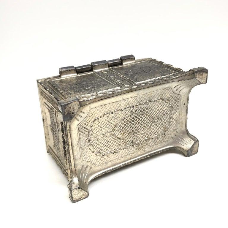Gorgeous Munich Child Souvenir Metal Trinket Jewelry Box Antique German 1920s For Sale 3