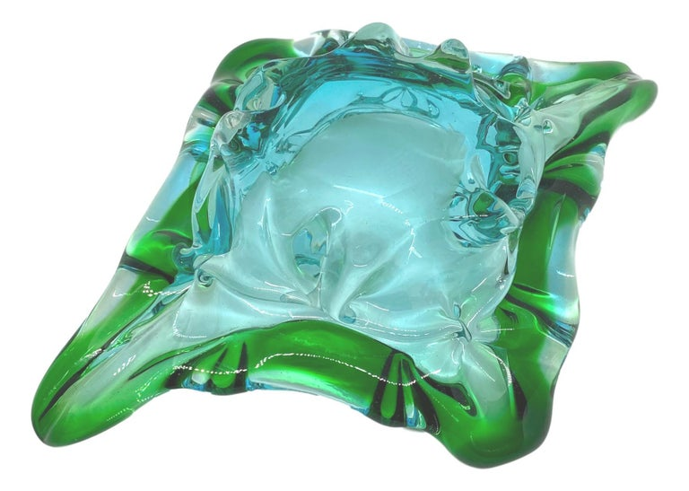 Late 20th Century Gorgeous Murano Art Glass Sommerso Catchall Bowl Blue Green Clear Vintage, Italy For Sale