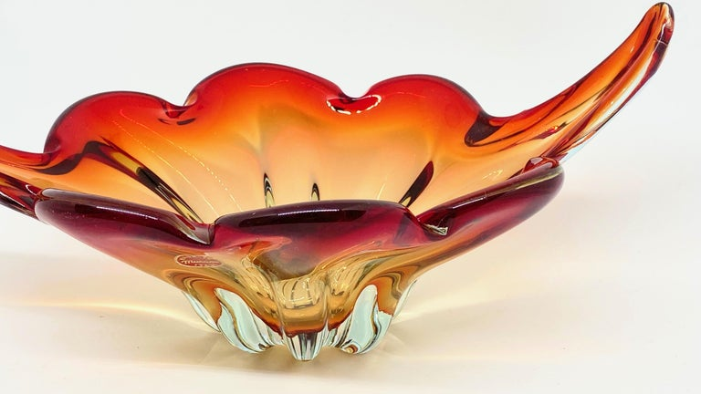 Mid-Century Modern Gorgeous Murano Art Glass Sommerso Fruit Bowl Red, Orange, Clear Vintage, Italy For Sale
