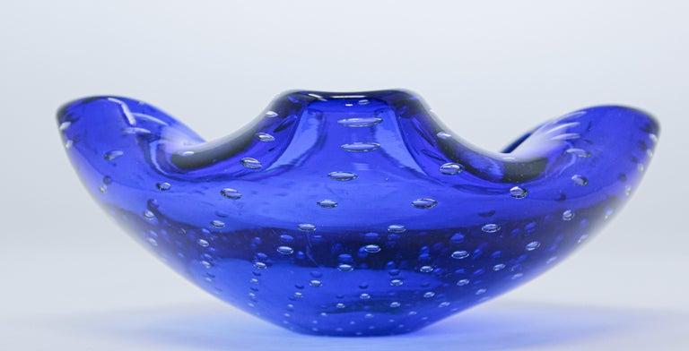 Italian Gorgeous Vintage Murano Venetian Handblown Art Glass Blue Ashtray For Sale