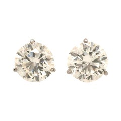 Gorgeous Pair of Platinum and Diamond Ear Studs