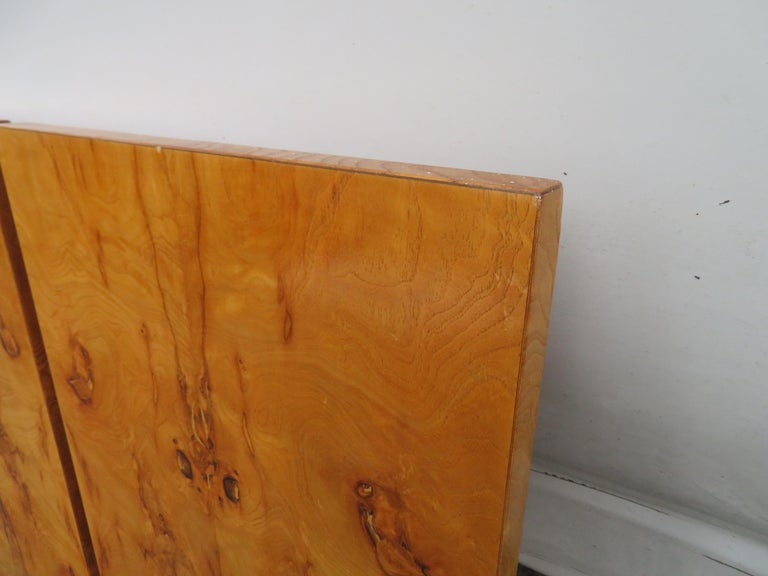 Gorgeous Roland Carter for Lane Olive Wood Queen Size Headboard Midcentury In Good Condition For Sale In Pemberton, NJ