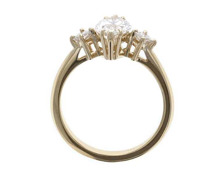 Art Deco Gorgeous Three-Stone Diamond Engagement Ring with Marquise Diamond Center For Sale