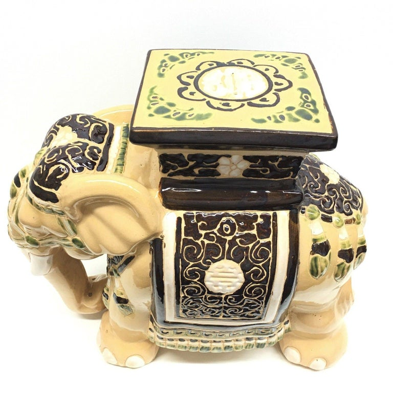 Mid-20th Century Gorgeous Vintage Hollywood Regency Chinese Elephant Garden Seat For Sale