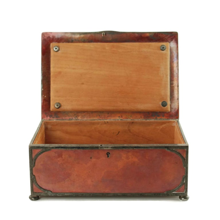 Gorham Athenic Cigar Box with Cecil Aldin Enameled Plaque and Silver Decoration For Sale 6