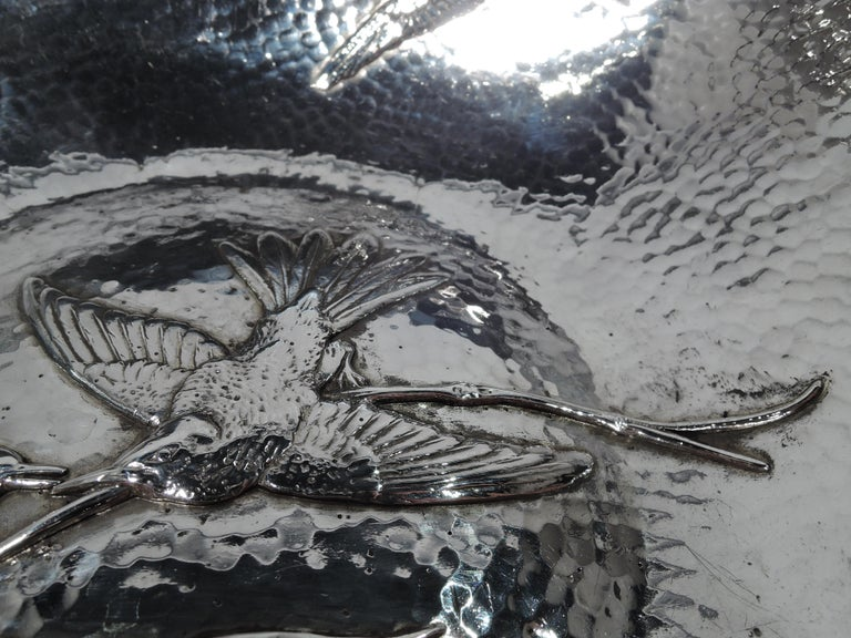 Gorham Japonesque Applied Hand-Hammered Sterling Silver Hummingbird Bowl In Excellent Condition For Sale In New York, NY