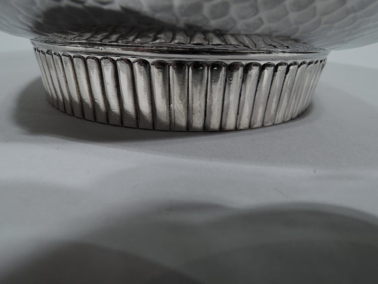 Gorham Japonesque Applied Hand-Hammered Sterling Silver Hummingbird Bowl For Sale 1