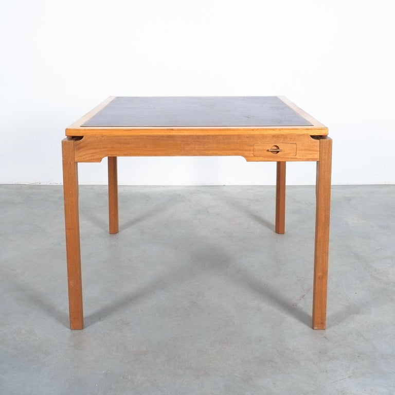 Mid-Century Modern Gorm Lindum Teak Leather Chess or Card Game Table, Tranekær Denmark, 1950 For Sale