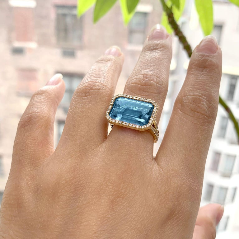Goshwara Blue Topaz East-West with Diamonds Emerald Cut Ring In New Condition For Sale In New York, NY