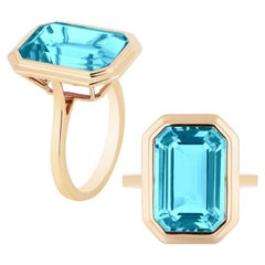 Goshwara Blue Topaz Emerald Cut Bezel Set Ring