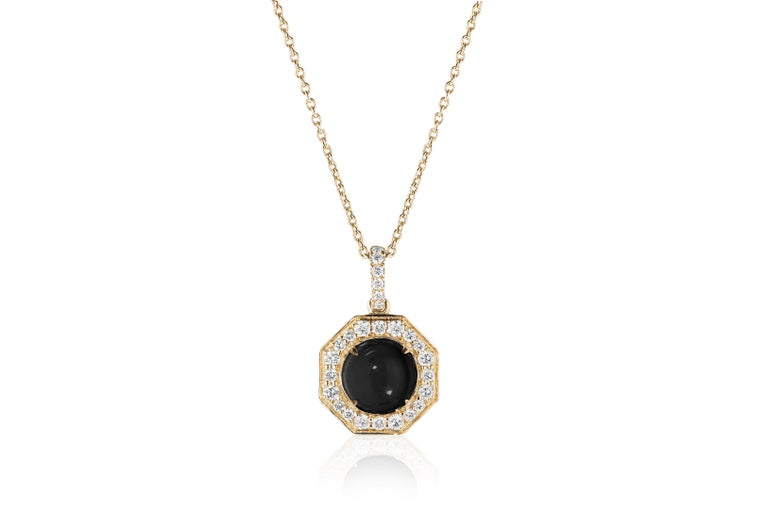 Goshwara Onyx Cabochon And Diamond Pendant In New Condition For Sale In New York, NY