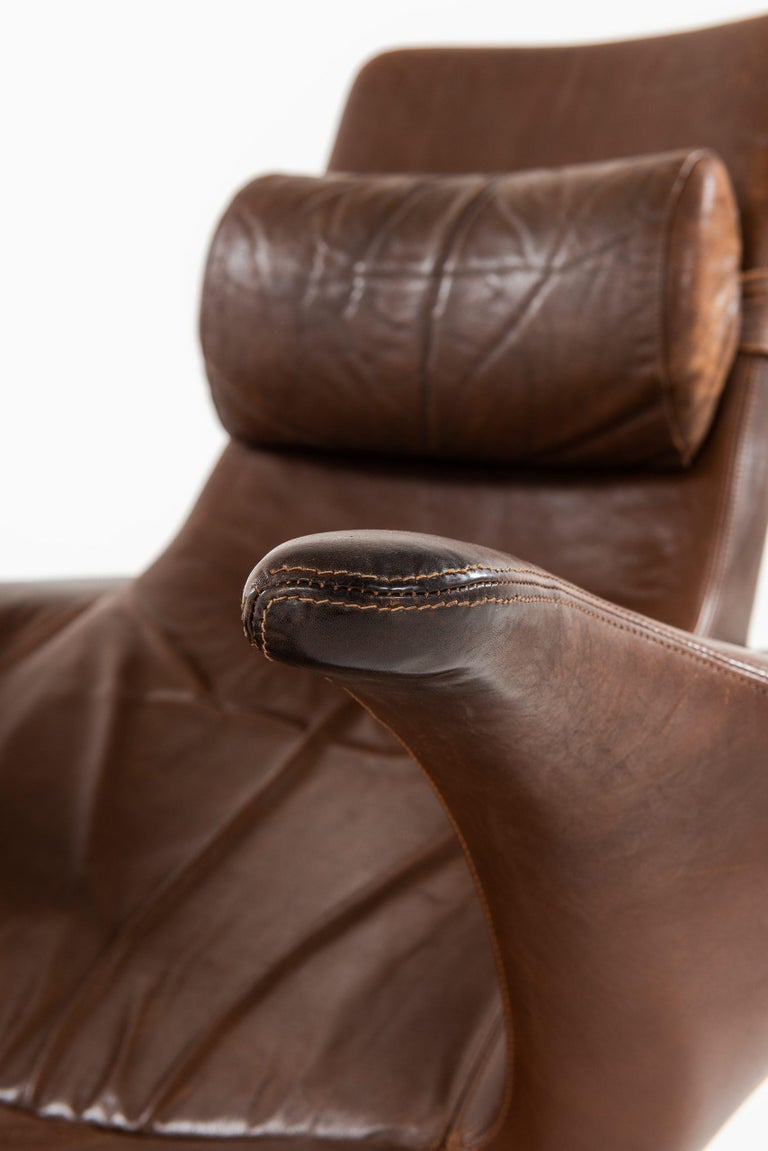Danish Gösta Berg Easy Chair with Stool Model Måsen / Seagull by Fritz Hansen For Sale