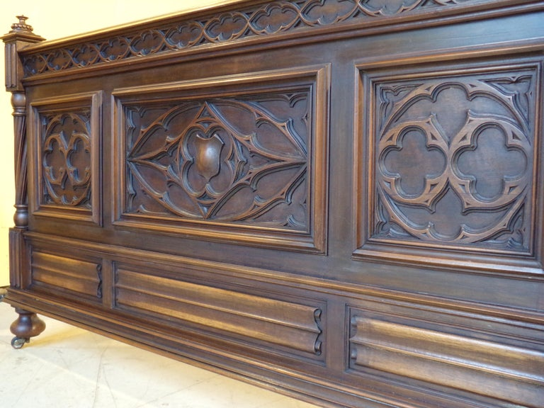 Gothic Revival Carved Double Bed, circa 1890 For Sale 3