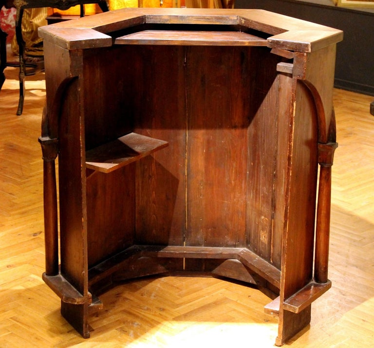 Gothic Revival Carved Walnut Wood Pulpit or Bar Counter Arches and Columns Shape For Sale 10