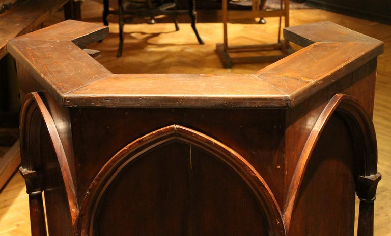 Italian Gothic Revival Carved Walnut Wood Pulpit or Bar Counter Arches and Columns Shape For Sale