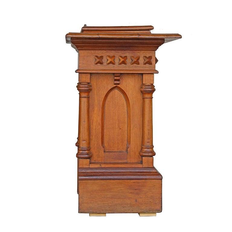 Gothic Revival Church Podium In Good Condition For Sale In Aurora, OR
