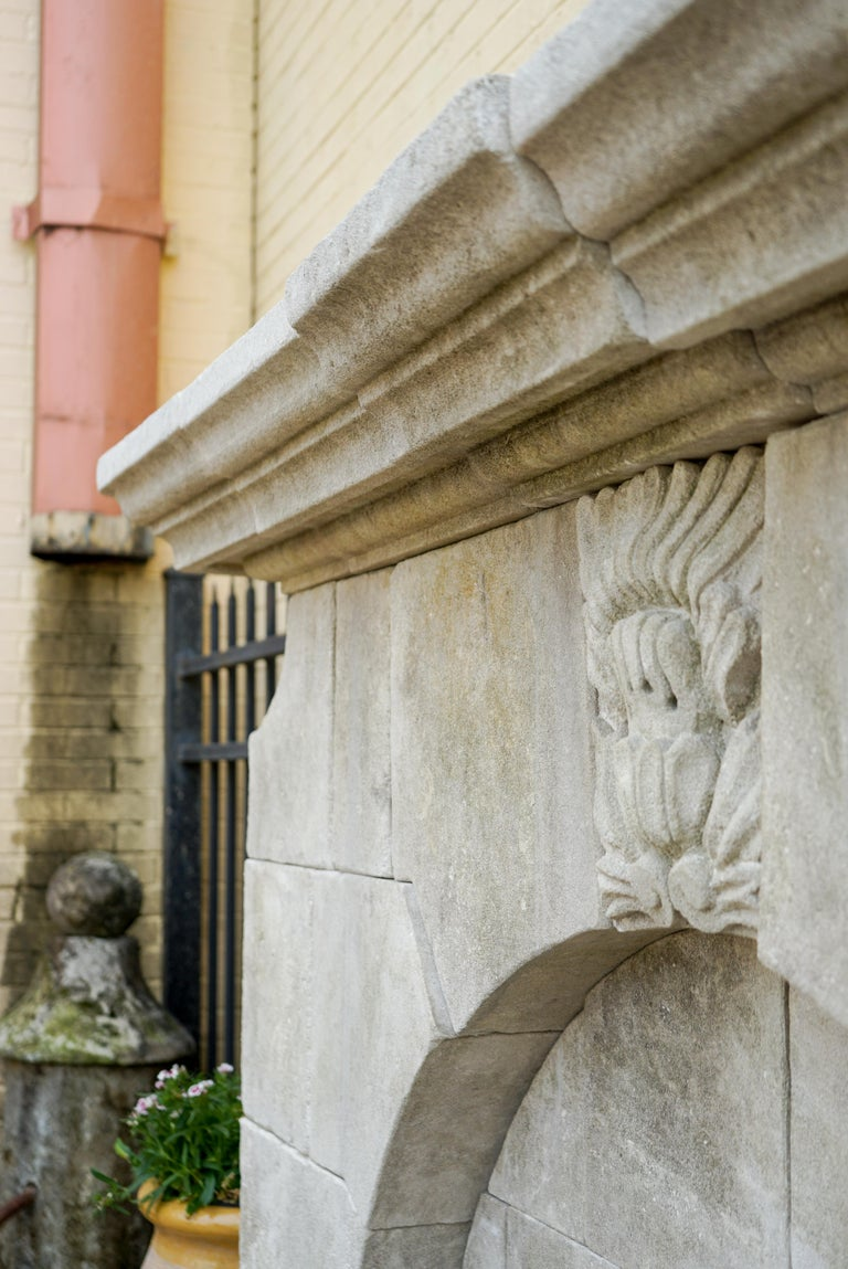 Gothic Revival Wall Fountain In New Condition For Sale In Dallas, TX