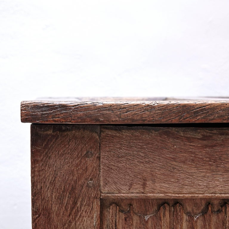 Gothic 16th Century Wood Chest For Sale 1