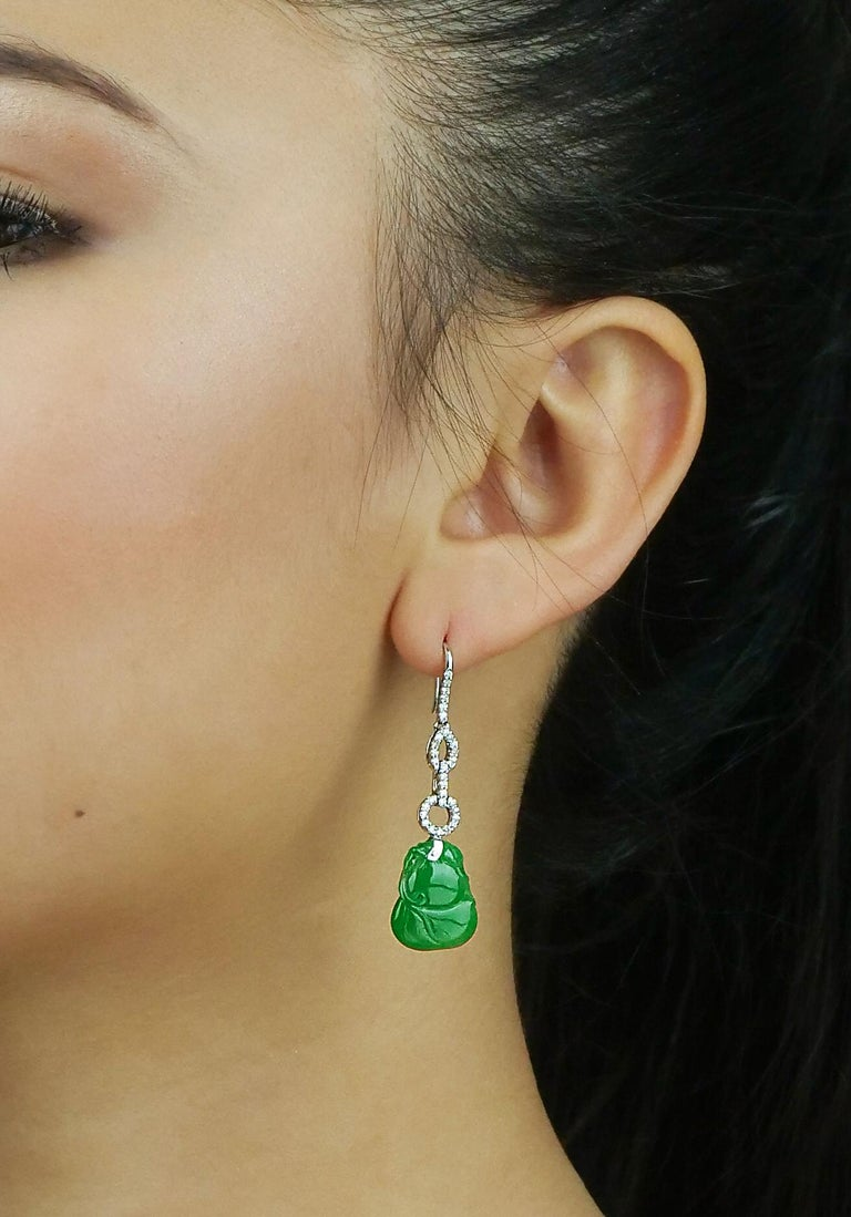 Certified Natural Jade Gourd Bottle Chinese Xian Immortals Drop Diamond Earrings In New Condition For Sale In London, GB