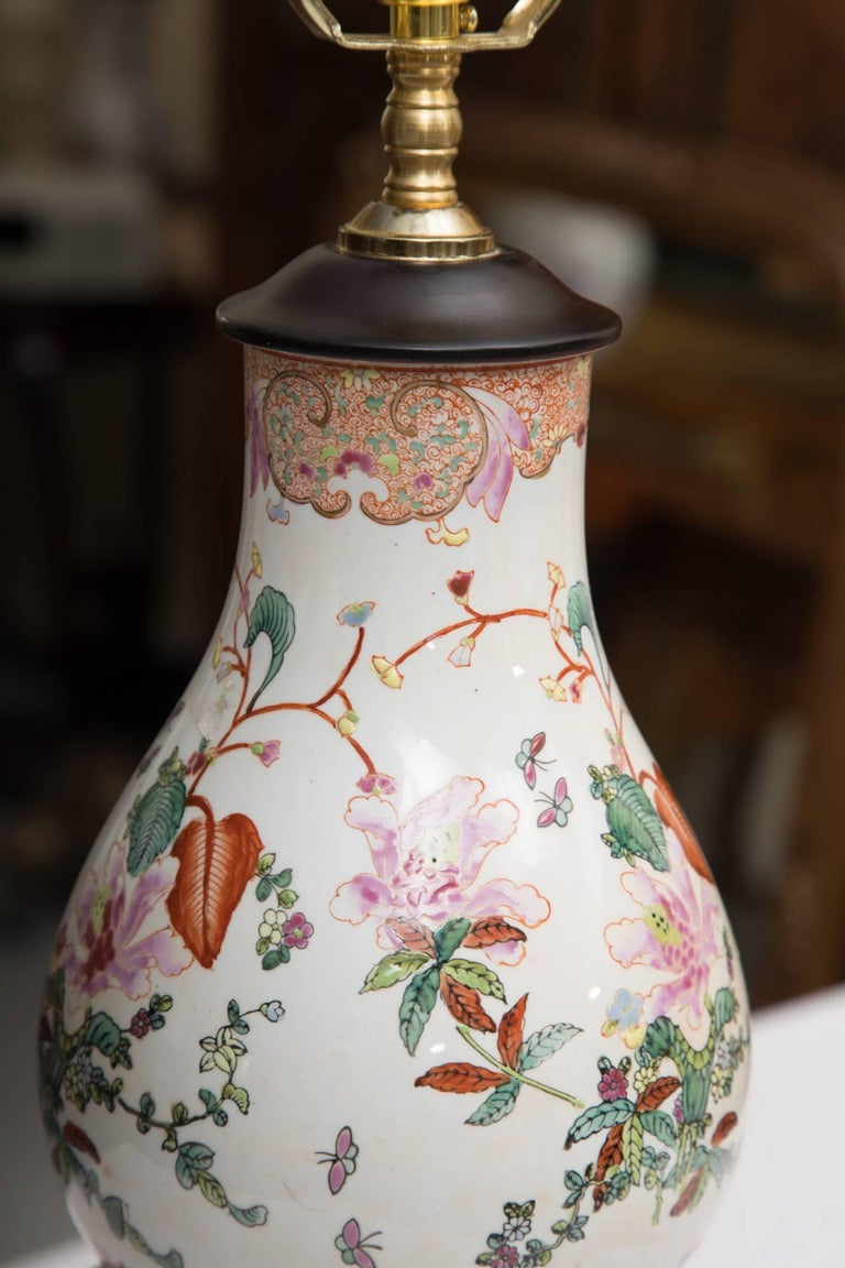 Gourd Shaped Table Lamp with Floral Design For Sale 1