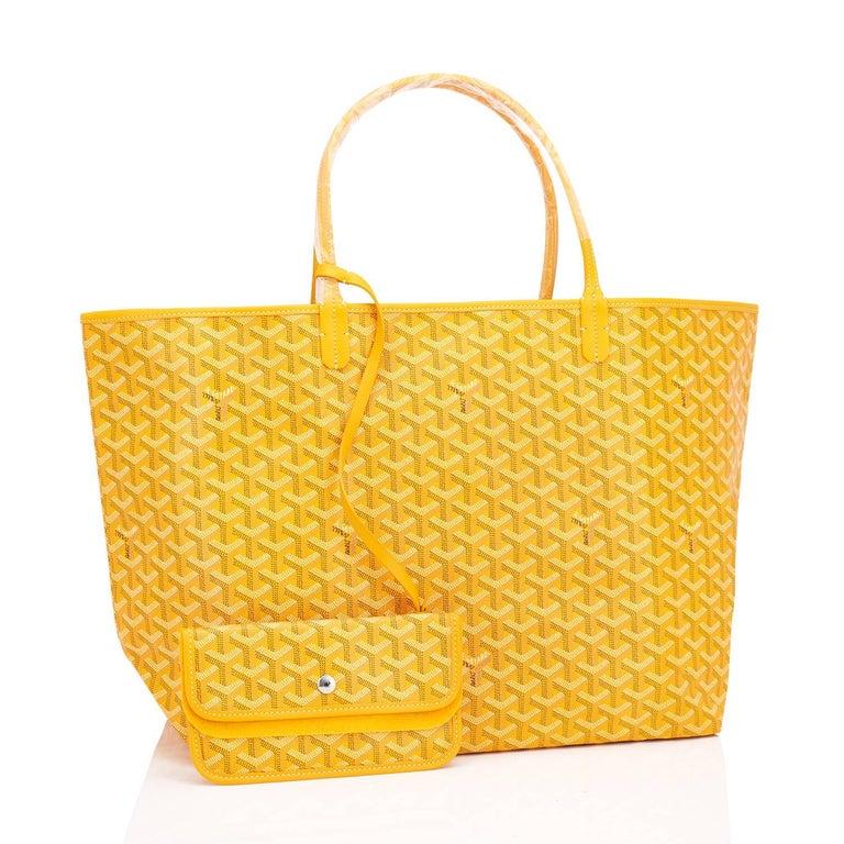 Women's or Men's Goyard Jaune Yellow St Louis GM Chevron Tote Bag For Sale