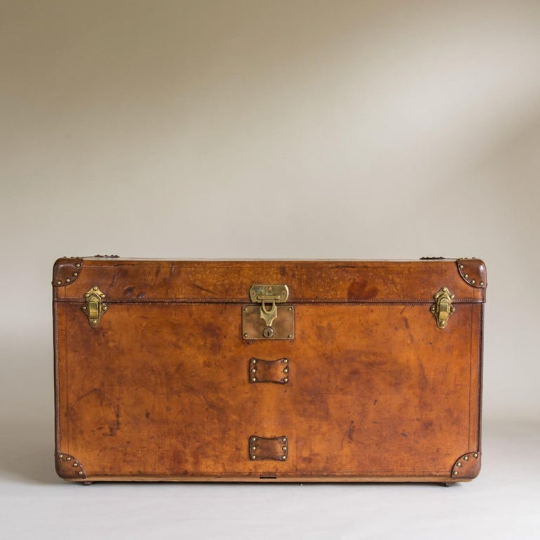 An exceptional bespoke leather Goyard steamer trunk with original interior. Circa 1910. The lock plate for this trunk has been changed at some point in it's history.  In 1853 François Goyard took over from Moral - a trunk maker who was trunk maker