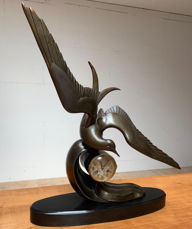 French Graceful Art Deco Table / Mantel Clock w Large Stylized Swallow Bird Sculpture For Sale