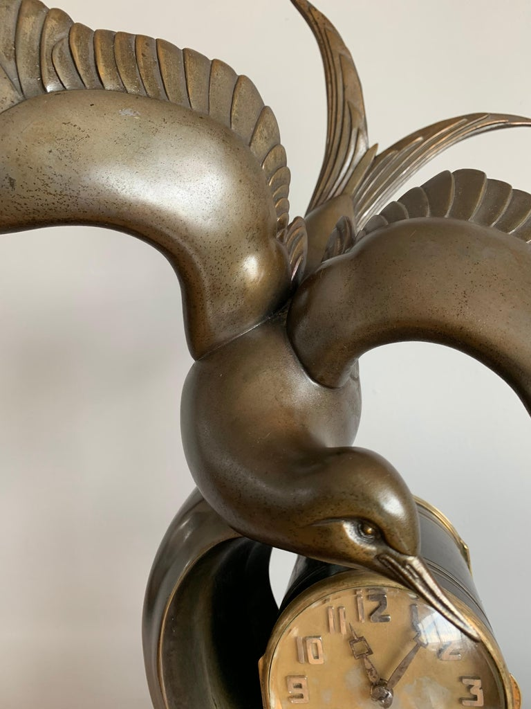 Spelter Graceful Art Deco Table / Mantel Clock w Large Stylized Swallow Bird Sculpture For Sale