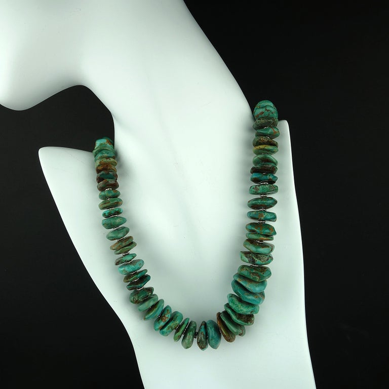Graduated Natural Turquoise Rondel Necklace In New Condition For Sale In Tuxedo Park , NY