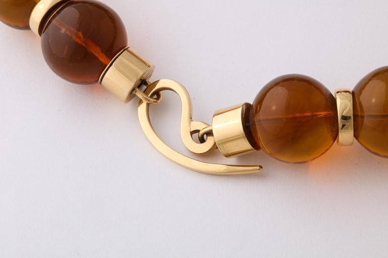 Graduated Reconstituted Amber and 18 Karat Yellow Gold Rondel Necklace For Sale 2