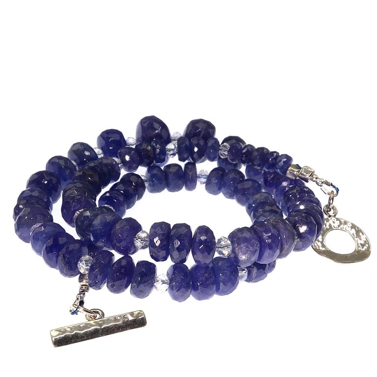 Graduated Tanzanite Necklace with Crystal and Sterling For Sale 4