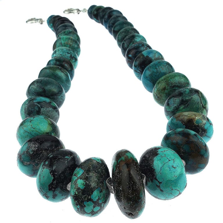 Graduated Turquoise Rondels with Silver Tone Flutters Necklace For Sale