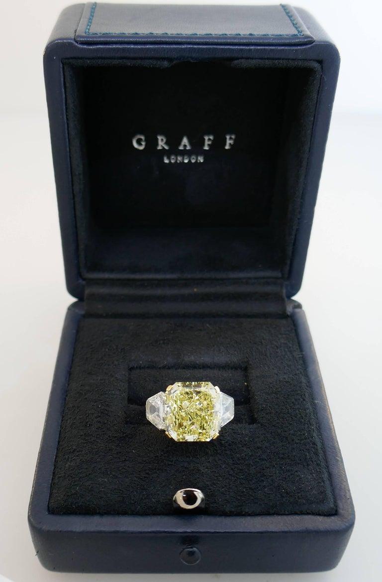 Graff Gia 10 62 Carat Fancy Yellow Diamond Platinum Ring For Sale At 1stdibs